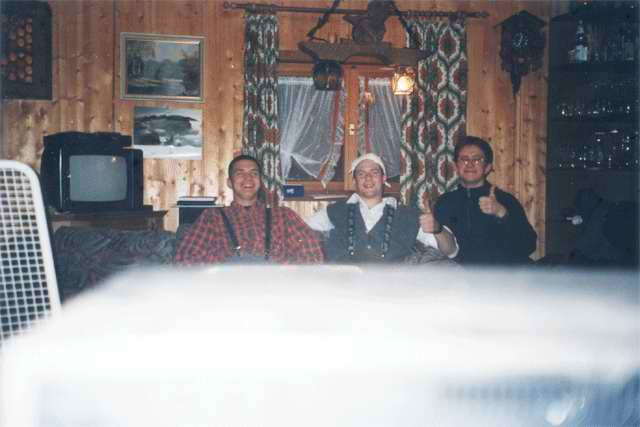 So fröhlich waren die drei Hauptteilnehmer Frank, Klaus und Kunstpute noch am Anfang.